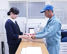 申請書類の確認・提出代行